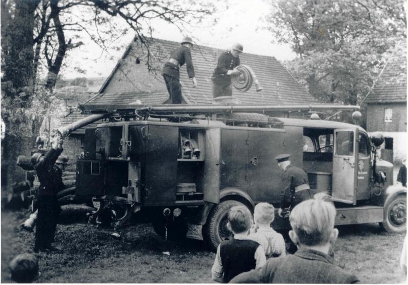 Das 1943 erworbene LF 15 bei einer Übung