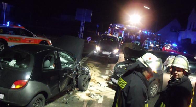 Verkehrsunfall Schwaneyer Str.