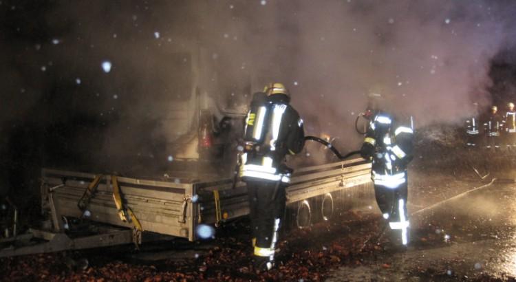 Fahrzeugbrand am Viadukt (L755)