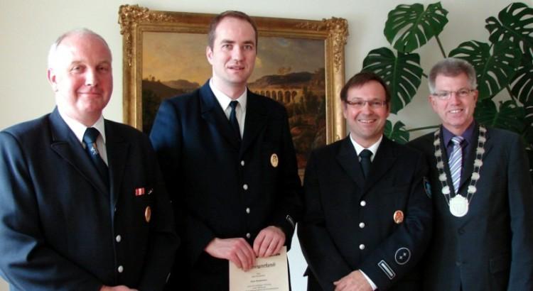 von links: Josef Lütkemeyer, Sven Stratemann, Rainer Hartmann, Bürgermeister Hans-Jürgen Wessels