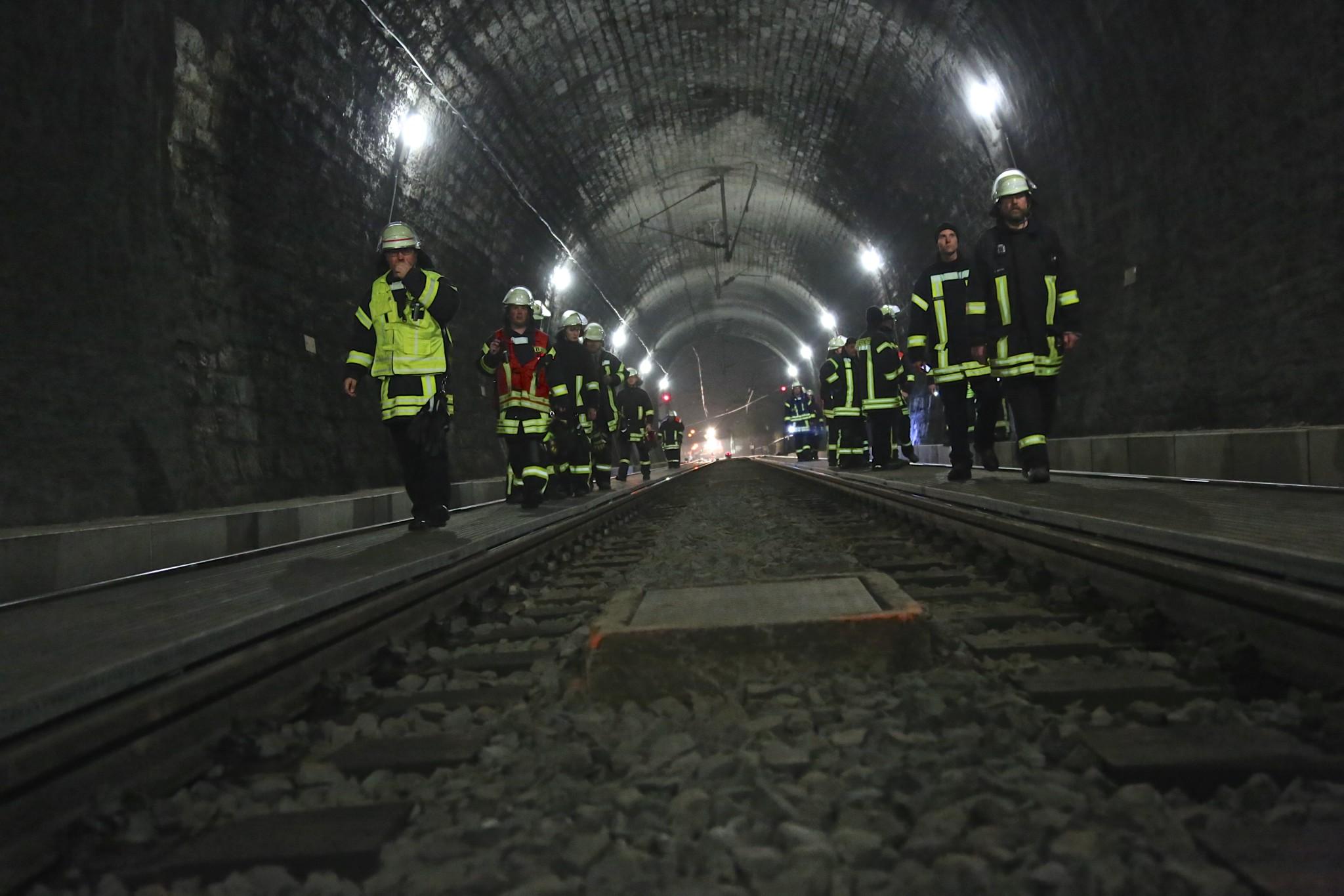 150425 Übung Rehbergtunnel