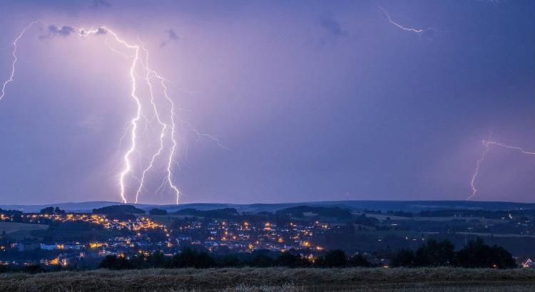 Beispielsbild Blitz